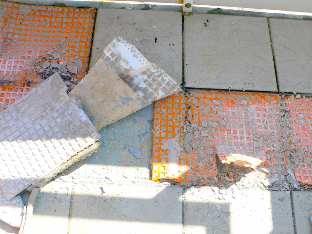 Feuchteschaden am Balkon