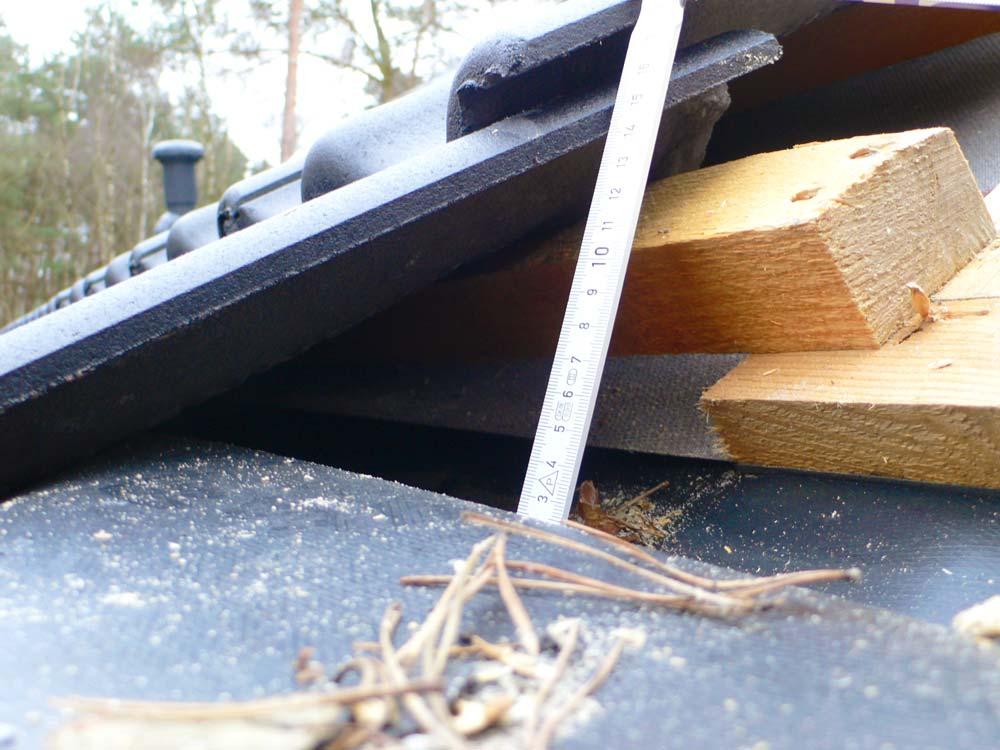 wasserf hrung ins dach. Black Bedroom Furniture Sets. Home Design Ideas