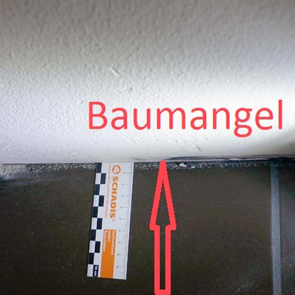Fliesen-Spannungen-Fussboden-Aufwoelbung-Baumangel-Bausachverstaendiger-Bremen-Brake