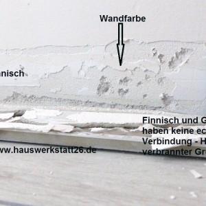 6-Auf-Wandputz-duennlagig-verspachtelt-gestrichen-darauf-Sockelfliesen-verklebt